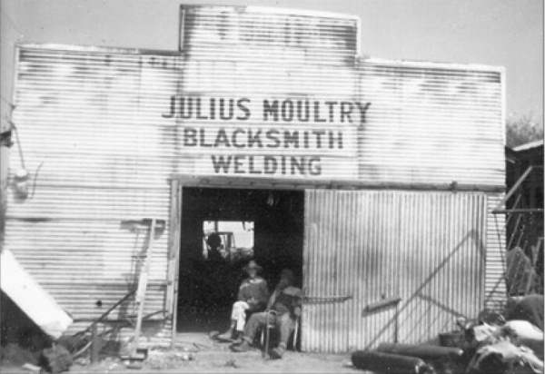 Julius Moultry blacksmith shop - Rockdale, TX