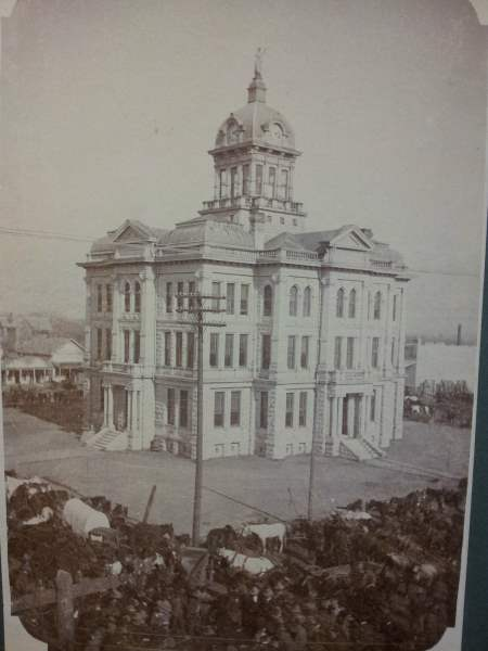 Milam County, TX Courthouse - daet unknown